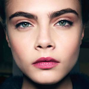 54997d79639e3_-_hbz-cara-d-eyebrows-promo-lgn